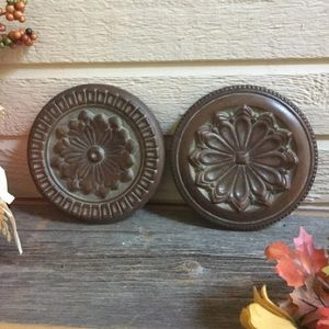 Rosette round wall hangings